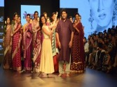 LFW: Gaurang Shah transports fashion lovers to yesteryear