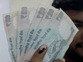 Rupee inches closer to 73, hits 72.91/$