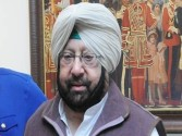 Akalis playing games on Kartarpur corridor: Amarinder