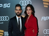 Virat makes me a happy girl: Anushka Sharma