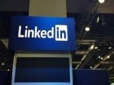 Why LinkedIn relies on users, not AI, for removing fake profiles