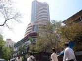 Sensex slips by 250 points on higher oil prices